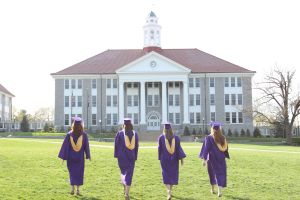 JMU roommates walk towards Wilson